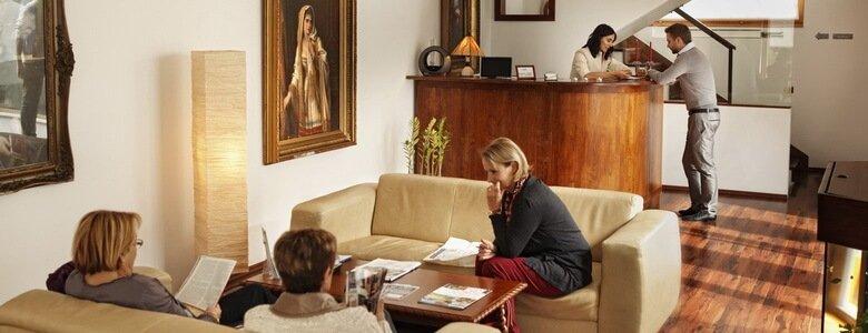 9700 patients francophones satisfaits